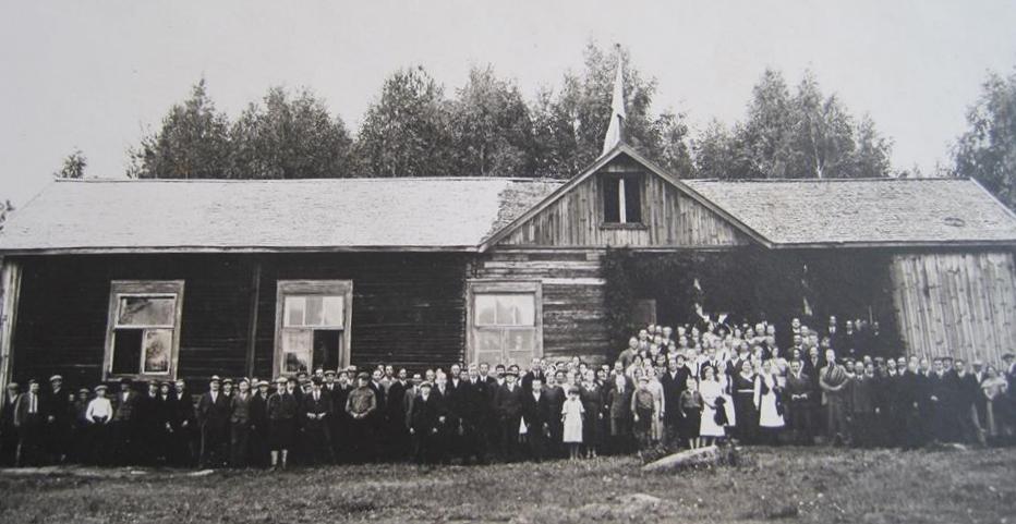 Seuratalo Riuttala 1900-luvun alkupuolella.